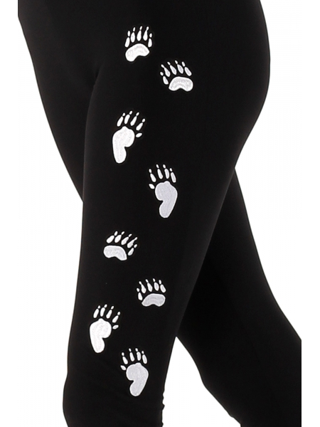 Bear paw on the leg